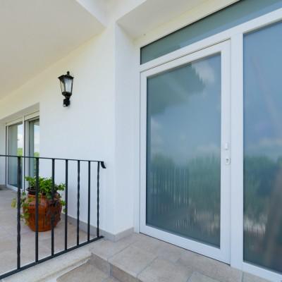 Ventanas y puertas aluminio PVC